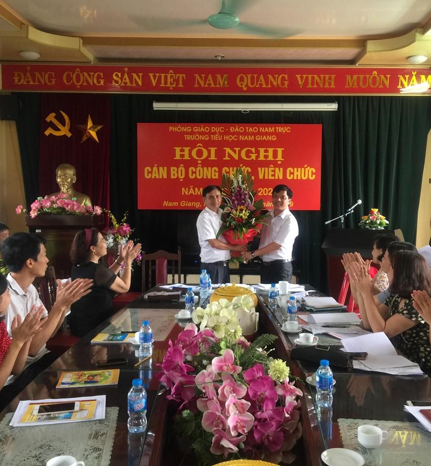 Đại hội CNVC năm 2019 trường Tiểu học Nam Giang